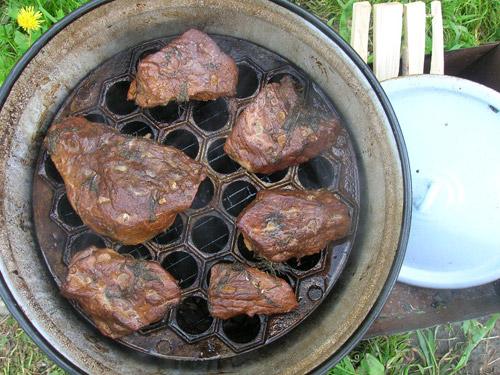 Коптильня для мяса горячего копчения своими руками