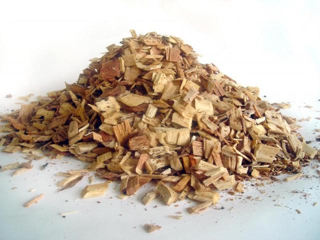 Следует внимательно относиться к выбору древесины