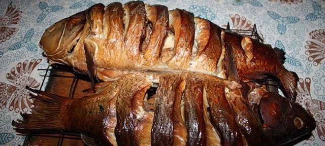 Карп - очень популярная рыба для копчения