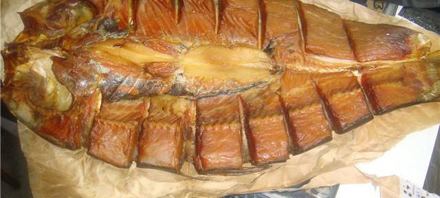 Коптить толстолобика не сложнее, чем другую рыбу