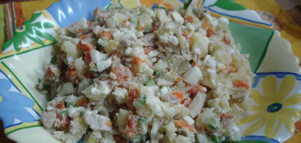 Салат с копчёной кетой