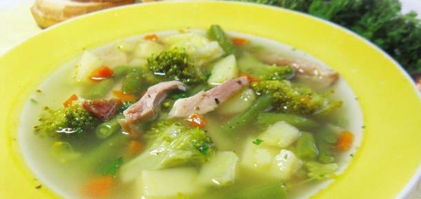 Суп с копчёной курицей